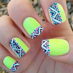 Uñas de neon color verde ~ Green Neon nails