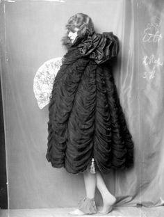 Anita Berber; Atelier DOra, 1921.