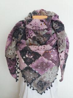 Šedo-fialový šál