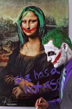 Joker & Mona Lisa: She has a hot ass..