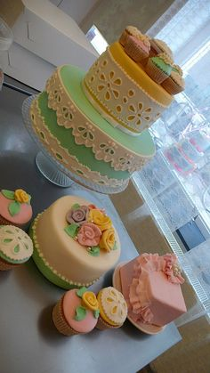 Pastel Fashion Cakes by CAKE Amsterdam - Cakes by ZOBOT, via Flickr