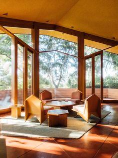Post with 358 views. Frank Lloyd Wright's Ablin House Bakersfield, CA [building] Frank Lloyd Wright Buildings, Frank Lloyd Wright Homes, Usonian House, Modernism Week, Art Deco, Modern House Plans, Inspired Homes, Interior Architecture, Building Architecture