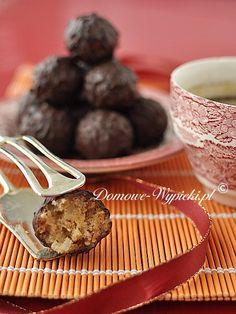 Pralinki marcepanowo- orzechowo- karmelowe Muffin, Birthday Parties, Pudding, Breakfast, Party, Food, Birthday Celebrations, Breakfast Cafe, Muffins