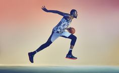 Nike – Kevin Durant Blending the lines between streetwear and on court functionability, we created artwork for a range of apparel for one of the most dynamically. Kevin Durant, Durant Nba, Sport Body, Sport Man, Sport Girl, Shoe Poster, Sport Photography, Movement Photography, Photography Career