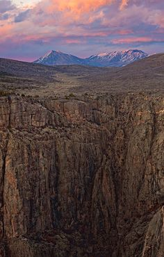 Devil's Overlook, Black Canyon of the Gunnison National Park, Colorado; photo by Stan Rose