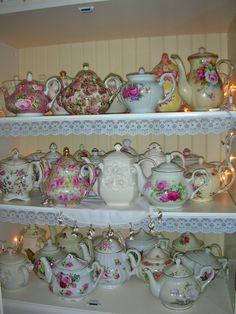 Many lovely teapots