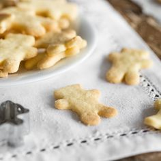 Ausstecherle-Butterplätzchen - das beste Plätzchen Grundrezept!