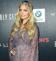 Inventor of post-it's. Nicole Richie, Sunnies, Love Her, Headpieces, Wordpress, Jackets, Clothes, Tops, Blog