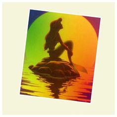 Everyone loves the little mermaid!!!!! :P