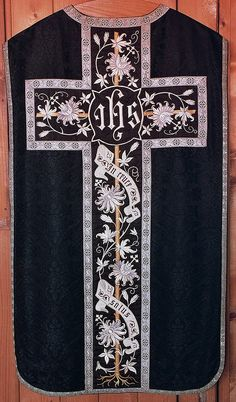 Chasuble  Dutch  Produced by Janssen & Co, Tilburg  Date: c. 1890-1910
