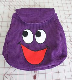 Free Backpack Tutorial + Pattern (looks like the backpack from Dora the Explorer)