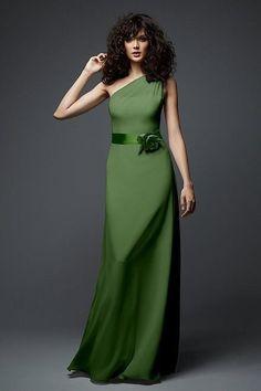 Love this Vera Wang bridesmaid dress, lovely green