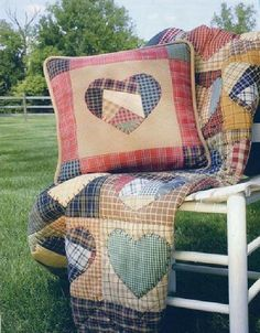 Book - Primitive Country Quilts