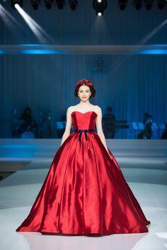 ディズニープリンセスのドレスを完全再現! ベルやシンデレラなど6種類のウエディングドレスが誕生したよ | Pouch[ポーチ]