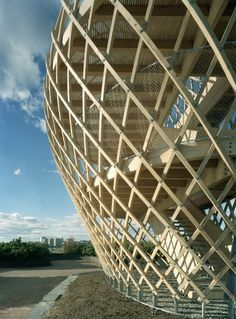 : Kupla – Helsinki Zoo Lookout Tower / Avanto Architects , Ville Hara and Anu Puustinen . Temporary Architecture, Timber Architecture, Architecture Details, Organic Architecture, Bamboo Building, Bamboo Structure, Lookout Tower, Tower Design, Scale Design