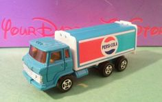 Diecast Pepsi-Cola delivery truck Hong Kong Blue cab sides open 1:64 advertising