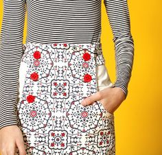 High-waisted pencil skirt with bib-front pockets. Free pattern!