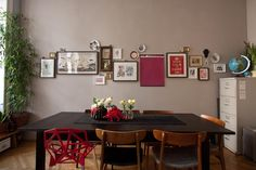 "Bernd's ""Eclectic Red"" Room 
