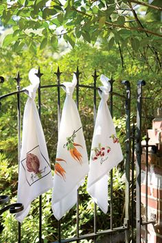 vintage-style flour sack towels from French Notes
