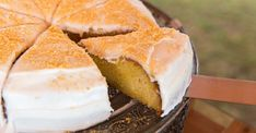 Naartjie citrus cake with vanilla-bean icing paired with TWG Red of Africa Tea! Vanilla Icing Recipe, Citrus Cake, Icing Ingredients, Cake Flour, Cake Tins, Salted Butter, No Bake Cake, Wine Recipes, A Food