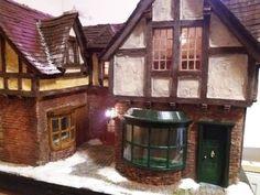 Scrooge`s Kontor oder Mezzanottis Nr. Cabin, House Styles, Home Decor, Little Cottages, House, Decoration Home, Room Decor, Cabins, Cottage