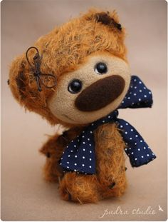 "Fibi from ""Pudra studio"".  Artist teddy bears by Irma Papeikaite."