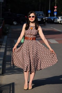 Hello, everybody! I have found the recipe for the perfect outfit :) - refreshing mint with cappuccino and dots. Lovely Dresses, Beautiful Outfits, Cotton Dresses Online, Miss Green, Conservative Fashion, Indian Bridal Fashion, Preppy Style, Dot Dress, Skirt Outfits