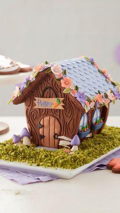 Cake Decorating Kits, Wilton Cake Decorating, Cake Decorating Techniques, Easter Cookies, Easter Treats, Chocolate Bunny, Chocolate Fondant, Modeling Chocolate, Decorated Cookies