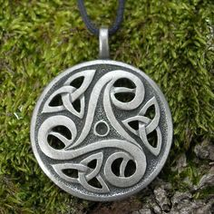 Hey, I found this really awesome Etsy listing at https://www.etsy.com/listing/193173930/celtic-triskelle-pendant-triskele