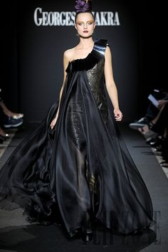 Georges Chakra Fall-winter 2011-2012 - Couture - http://www.flip-zone.com/georges-chakra-2287