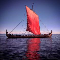 ...::: Draken :::... #Norse #Viking #vikings #landofthevikings #Njörður #haf #fjordúr #fjallað #skógur #longship #Langskip #drageskip #scandinavia #Norway #childrenofodin
