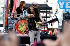 Steven Tyler Photos - Steven Tyler performs prior to the NASCAR Sprint Cup Series IRWIN Tools Night Race at Bristol Motor Speedway on August 22, 2015 in Bristol, Tennessee. - NASCAR Sprint Cup Series IRWIN Tools Night Race