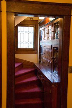 home renovation diy umbau ideen Craftsman Interior, Craftsman Style Homes, Craftsman Bungalows, Craftsman Staircase, Craftsman Built In, Craftsman Home Interiors, Bungalow Interiors, Victorian Interiors, Victorian Homes
