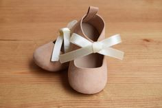 Pink Leather Baby Mary Jane Baby Girl Shoes Baby by CriaBabyShoes