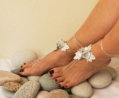 Wedding silvery flower Beach wedding barefoot sandals, Toe thong Bottomless shoes, Foot jewelry, Wedding Shoes, bellydance barefoot sandal