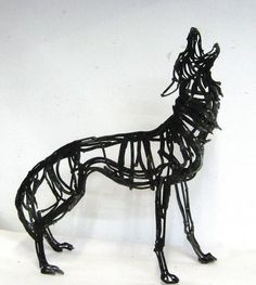 Wendy Klemperer Howling Wolf, steel, 29 X 24 X 12 Small Sculptures, Animal Sculptures, Wire Sculptures, Wolf Sculpture, Animal Outline, Scrap Metal Art, Iron Art, Wolf Howling, Realistic Drawings