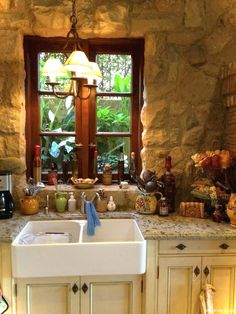 Awesome 69 Rustic Kitchen Cabinets Ideas https://roomaholic.com/908/69-rustic-kitchen-cabinets-ideas