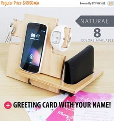 This docking station is compatible with all cell phones including iPhone 6 plus, iPhone 6, iPhone 5, iPhone 4, e all Android phones, moreover its