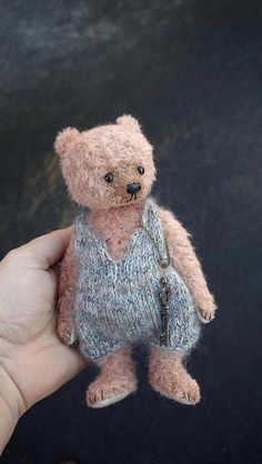 Image of Marjorie Mine, Mohair Artist Teddy Bear from Aerlinn Bears