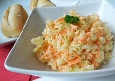 Fotografie článku: Recept na salát coleslaw krok za krokem No Salt Recipes, Low Carb Recipes, Healthy Recipes, Coleslaw, Potato Salad, Cabbage, Health Fitness, Food And Drink, Treats