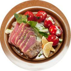Татаки из тунца с овощными лентами