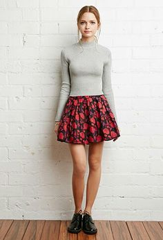 # casual outfit black and red , Pleated floral skirt
