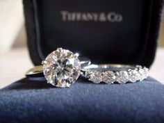 1.76 Carat Tiffany solitaire, H VVS2 Ring size 3.75