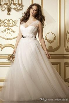 Romantic V Neck Plus Size Wedding Dress Cheap Black Ribbon with Handmade Flowers A Line Tulle Wedding…