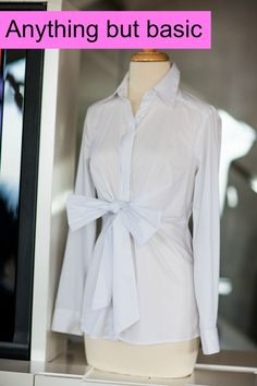 I need this blouse!!! Would look cute with everything!