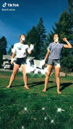 tok videos dances to learn Dance Choreography Videos, Dance Music Videos, Bff, Cool Dance Moves, Cute Couple Videos, Beatiful People, Dance Humor, Dance Routines, Funny Video Memes