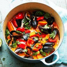 Clams, Fish And Seafood, Ratatouille, Chutney, Lchf, Hummus, Love Food, Ethnic Recipes, Salta