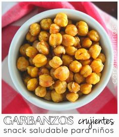 #Artividades : Garbanzos crujientes: Snack saludable para niños Dog Food Recipes, Dinner Recipes, Cooking Recipes, Car Snacks, Lunches And Dinners, Meals, Healthy Snacks, Healthy Recipes, Sin Gluten