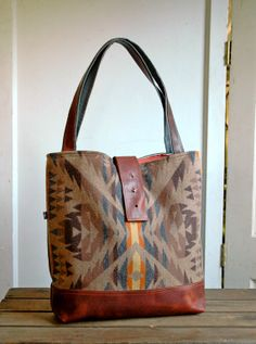 Ann Shoulder Bag in Beautiful Fall Colors- Wool and Leather