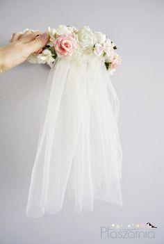 Hair Flowers – wianek z welonem - na ślub, welon ecru – a unique product by ptaszarnia-sklep on DaWanda